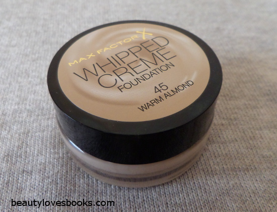 Max factor Whipped cream foundation 45 Warm almond