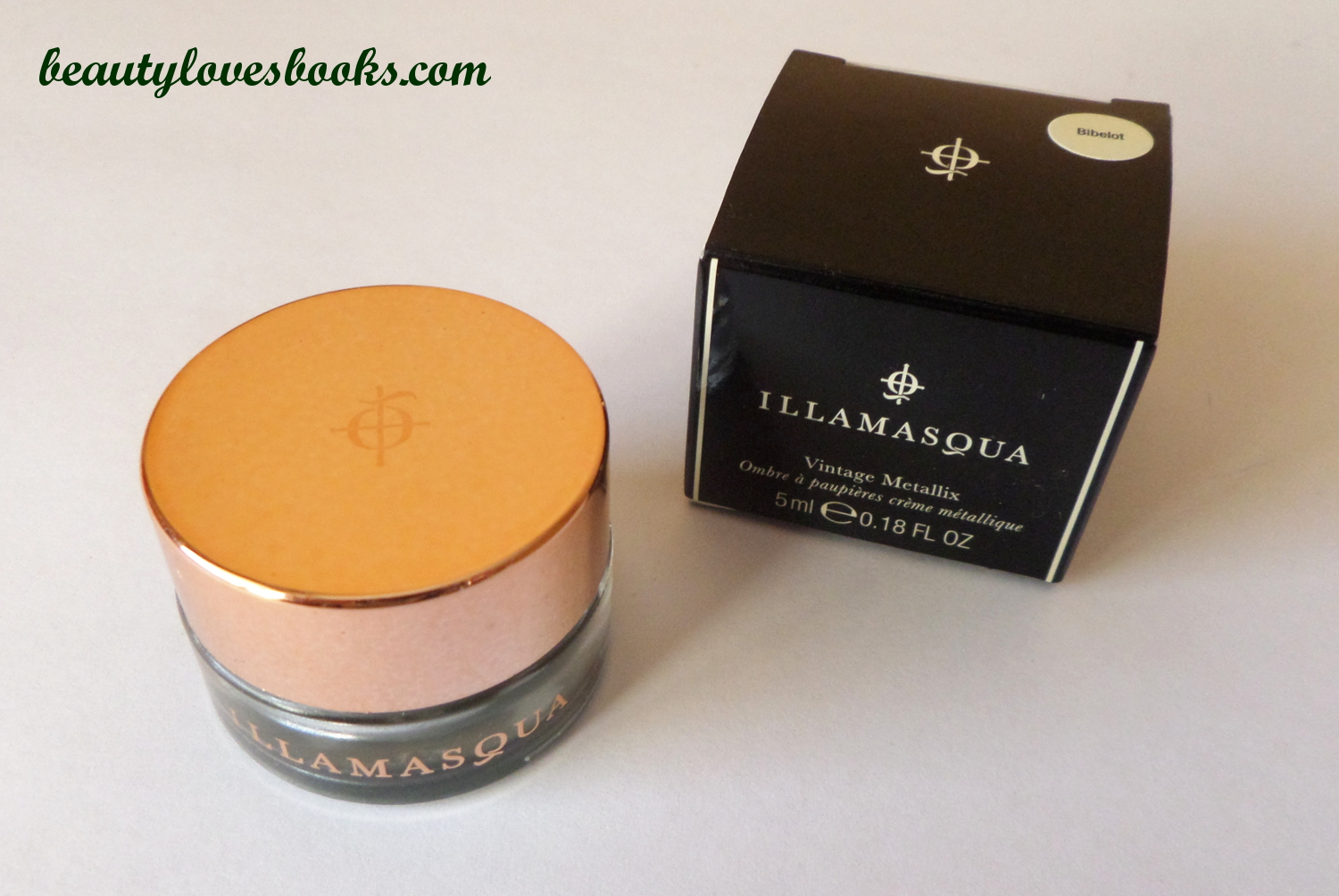 Illamasqua Vintage Metallix eyeshadow in Biblot