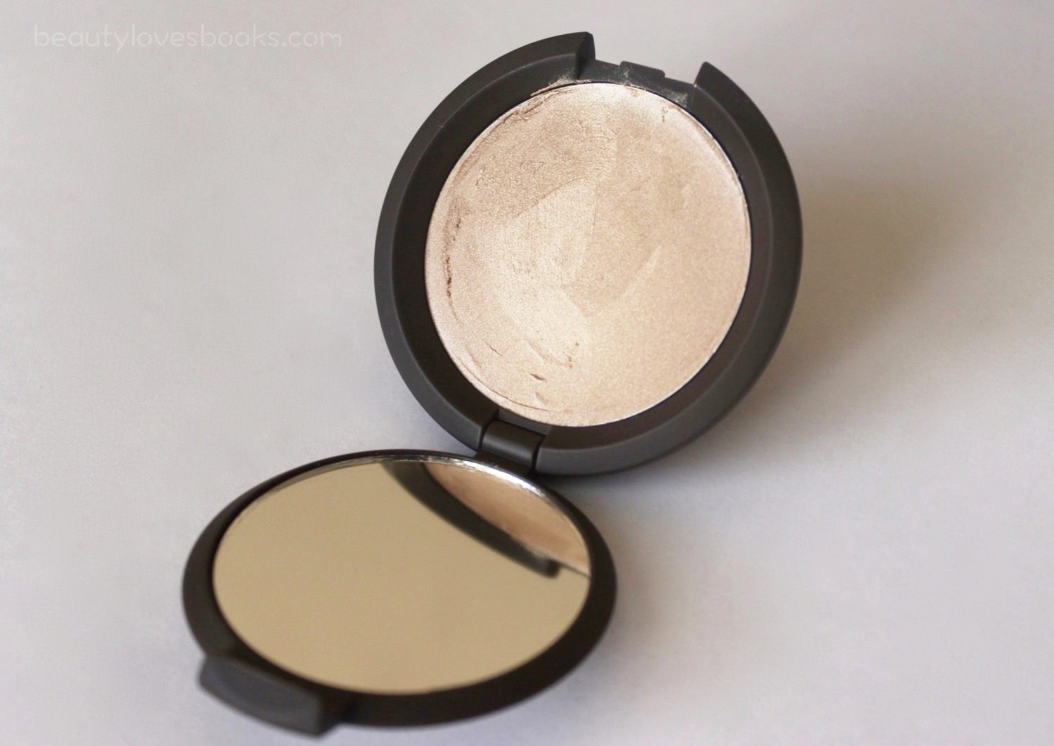Becca Shimmering Skin Perfector Poured in Opal