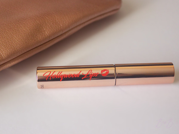 Charlotte Tilbury Hollywood lips Matte Contour Liquid lipstick in the shade Rising star